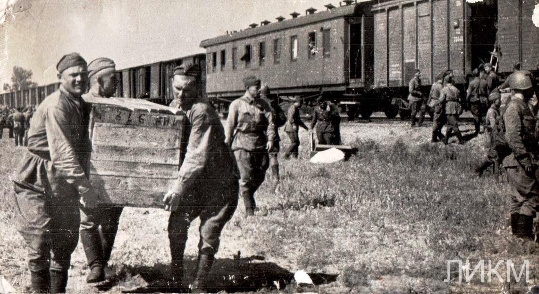 Разгрузка воинской части,  Нижний Икорец